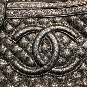 Chanel crossbody purse
